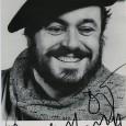 Luciano Pavarotti (1935/2007) – Ténor italien Souvent cité comme le plus grand et le plus populaire chanteur d'opéra depuis Enrico Caruso, il a chanté les plus grands airs du bel […]