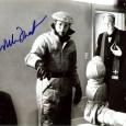 William FRIEDKIN Réalisateur, Producteur et scénariste américain L'Exorciste , French Connection, Le convoi de la peur…… Photo sous passe partout 24 x30, l'Exorciste, avec signature autographe du réalisateur. 65€