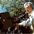 Costa GAVRAS Réalisateur de cinéma Franco-Grec Z, L'Aveu, Missing, Amen, Le Couperet…… Photo couleur sous passe partout 24 x 30, signature autographe de Costa Gavras 60€